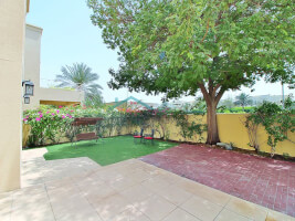 Villas for Rent in The Residences 6