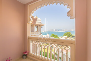 Hotel Apartment for Sale in The Palm Jumeirah, Buy Hotel Apartment in The Palm Jumeirah