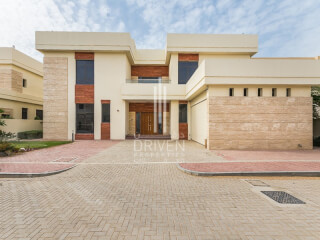 Townhouses for Sale in Garden Homes Frond C