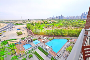 Penthouses for Sale in 8 Boulevard Walk