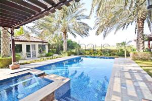 Residential Villa for Sale in Mirador La Colección, Buy Residential Villa in Mirador La Colección