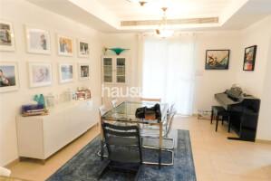 Residential Villa for Sale in Al Reem 3, Buy Residential Villa in Al Reem 3