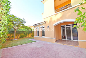 Residential Villa for Sale in Palmera 3, Buy Residential Villa in Palmera 3