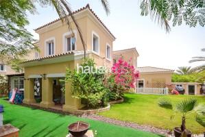 Villas for Sale in Alvorada 4