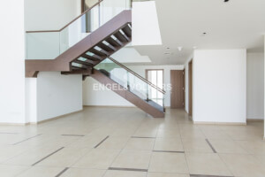 Residential Penthouse for Rent in UAE, Rent Residential Penthouse in UAE
