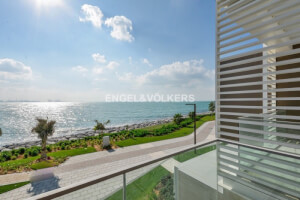 Residential Townhouse for Sale in Dubai, Buy Residential Townhouse in Dubai