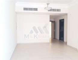 Large One Bedroom in Karama