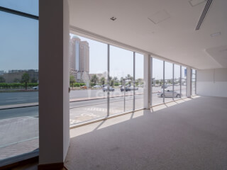 Show Rooms for Rent in UAE