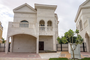 Residential Townhouse for Sale in Zahra Apartments, Buy Residential Townhouse in Zahra Apartments