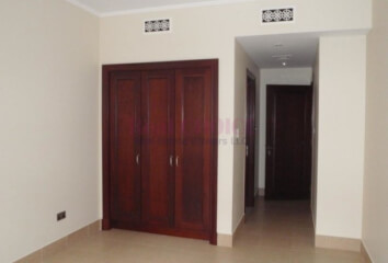 Residential Apartment for Rent in Redwood Avenue, Rent Residential Apartment in Redwood Avenue