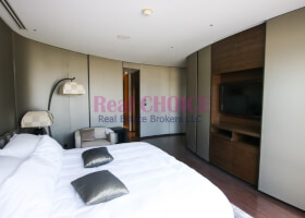 Apartments for Rent in Armani Residence