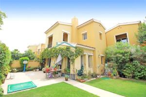 Residential Townhouse for Sale in La Avenida 2, Buy Residential Townhouse in La Avenida 2