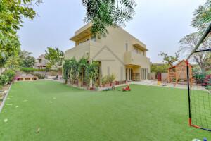 Villas for Sale in Saheel 2
