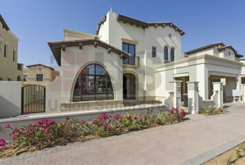 Residential Villa for Sale in Rosa, Buy Residential Villa in Rosa