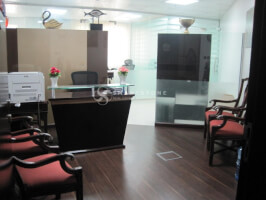 IN HURRY TO SELL! FITTED OFFICE MIN 8% ROI | PERFECT LOCATION/BUILDING W/ PUBLIC TRANSPORTATION