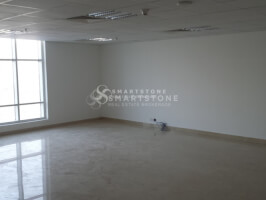 NEGOTIABLE! FITTED & SPACIOUS OFFICE W/ PANTRY & WASHROOM INSIDE l GREAT BUILDING / LOCATION W/ PUBLIC TRANSPO
