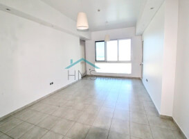 High floor | Vacant July | Low price