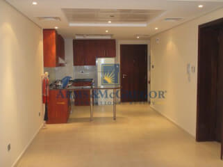 High Demand 1 Bedroom For Sale in Lake View
