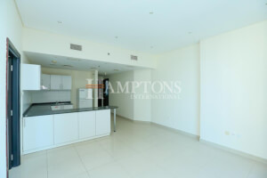 Luxury and Huge Unit, Ideal for Family Near Park