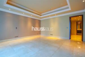 Half Floor   Luxury Building   Easy To View