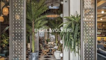 Beachfront |All-day Casual Dining,Cafe & Shisha