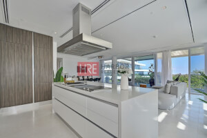 Pay 30% & Move in Now! Luxurious 2 Bed Apartment
