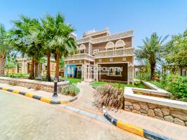 Brand new 5 BR villa, Amazing views w/beach access