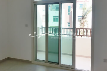 World Class 2 BR Apartment with Rental Back
