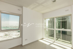 Significant 2 BR Apartment in Marina Blue Tower