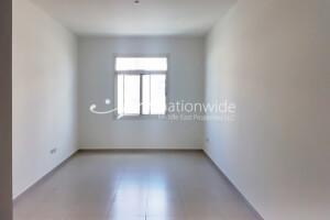 Negotiable Price | Single Row Unit w/ Backyard