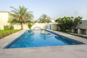 Exclusive 3 Bed Large   Private Pool   District 6