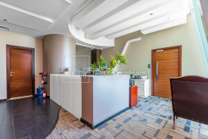Fitted Office | Walking Distance to Metro