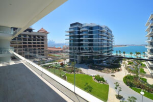 Resale 2 BR Apartment with a Prime Palm View