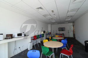 FULL/FLOOR HIGH END FIT OUT/BAY SQUARE/34 PARKING