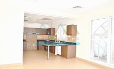   VACANT ON TRANSFER 4 BR UPGRADED   