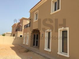 DISTRESS 4 Bed Corner Villa Um Al Quwain