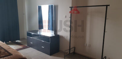 Furnished | newly painted | High floor